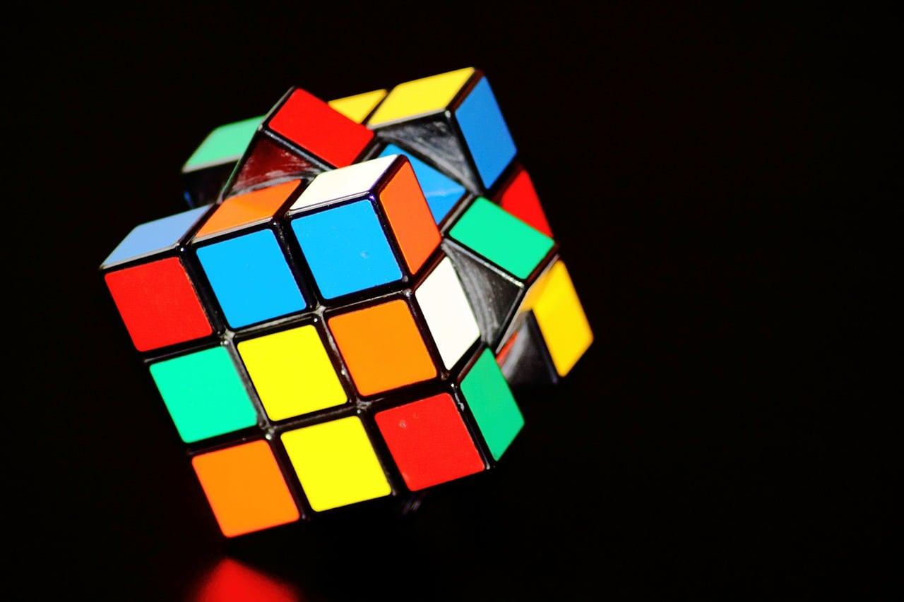 magic-cube-378543_1280.jpg