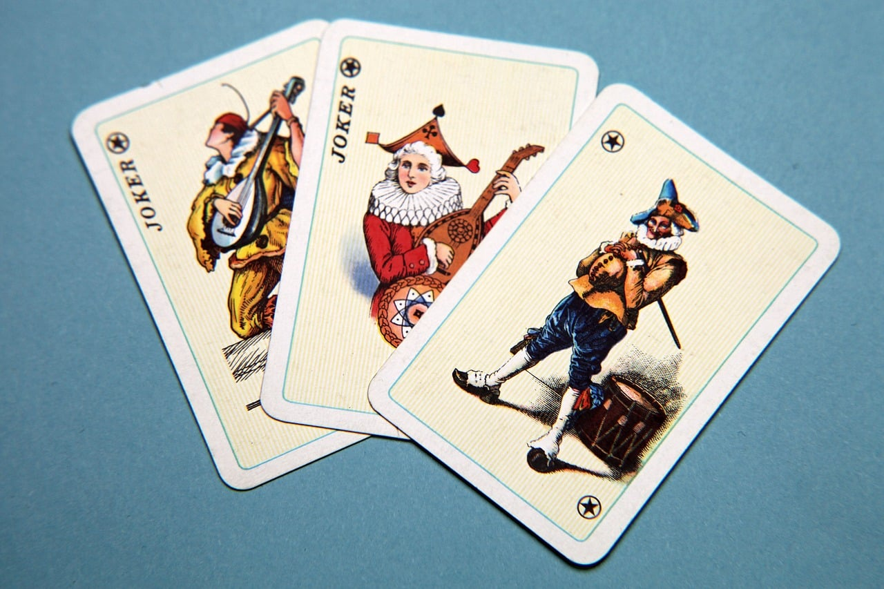 playing-cards-665390_1280.jpg
